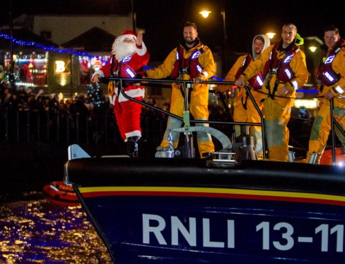 Father Christmas Comes to Town – Friday 29th November